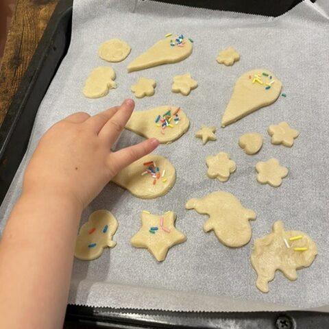 業務スーパークッキー生地デコレーション